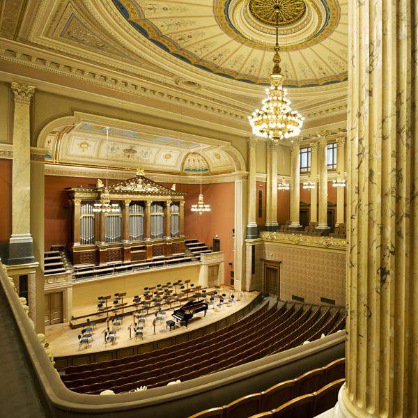 Koncert: Česká filharmonie – Bohuslav Martinů, Antonín Dvořák, Ludwig van Beethoven